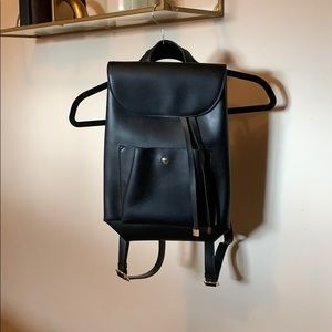 Handbags - Black backpack
